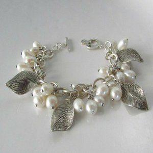 B1631 Freshwater Pearl Leaf Cha Cha Bracelet